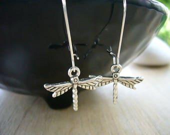 Silver Dragonfly Earrings, Little Dragonfly Earrings, Bridesmaid Earrings, Woodland Nature Earrings, Minimalist Jewelry, Dangle Earring