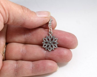 Handmade Snowflake Zipper Pulls, Purse Charms, Snowflake Charm, P003