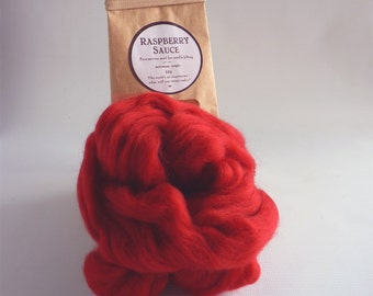 Merino wool roving, berry red,  'Raspberry Sauce', 25g, 1oz, needle felting wool