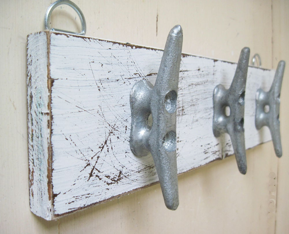 zoom Boat Cleat Key Rack Distressed White