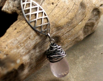 Dreamnet Necklace in Rose Quartz and Sterling silver