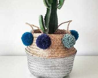 Painted basket 6/8pompons (more sizes)