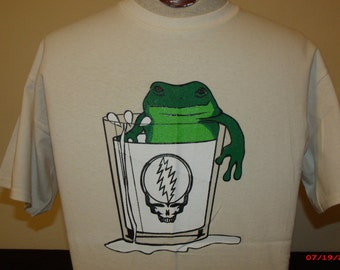 "Keller Williams Shirt. ,A frog in a glass of milk , the back says ""Keller Williams is more fun than a frog in a glass of milk"" Bob Weir"
