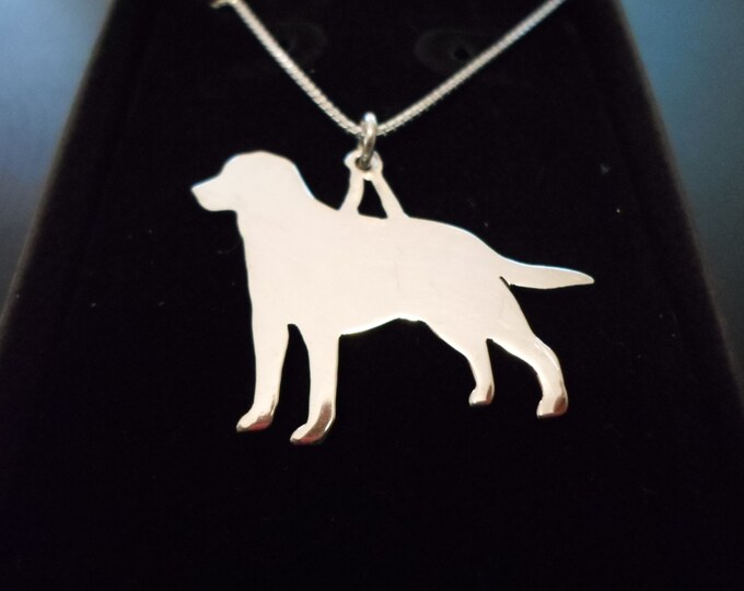 any breed dog necklace large 25mmx29mm w/sterling silver chain (labrador retriever)