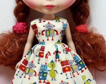 BLYTHE doll Its my party dress - little robots