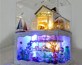 FREE shipping!!!T-Yu Hawaii Villa DIY Dollhouse Miniature Model House With Light Cover Gift Decor Collection Toy Gift For Children
