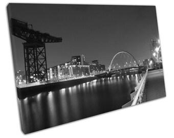 print on canvas Black & White Glasgow City squinty bridge river Clyde Scotland - X2349