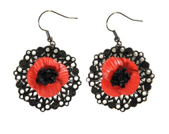 Flower poppy on filigree earrings