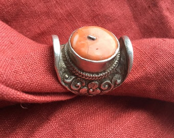 Antique Tibetan silver saddle ring with blood coral