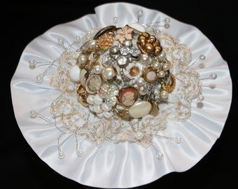 Vtg Costume Jewelry Wedding Bridal Bouquet Brooch Pearls Lace White Satin Flower Arrangement Bride Flowers