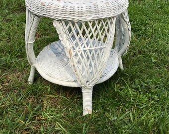 Vintage Wicker Stool, White Wicker, Wicker Plant Stand, Wicker End Table, Natural Painted Wicker, Circa 1950, MCM,Round Stool,