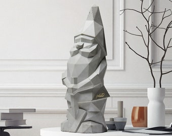 Low poly concrete geometric minimalist garden gnome NINO Grey