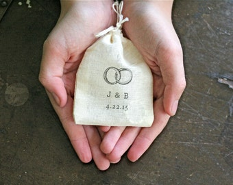 Personalized wedding ring bag, cotton ring bag, ring pillow, ring bearer, ring warming, Ring motif with initials and date, cloth ring pouch
