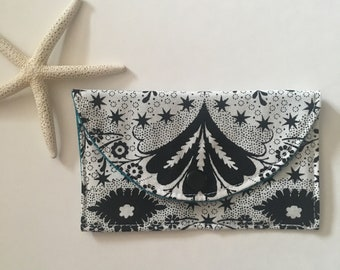 Snap Wallet // ID Credit Card Holder - Black and White #020