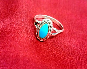 Silver oval Turquoise ring