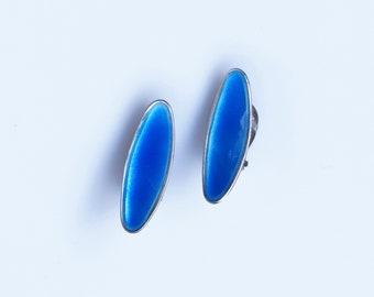 Atelier Borgila Ear clips silver and blue enamel