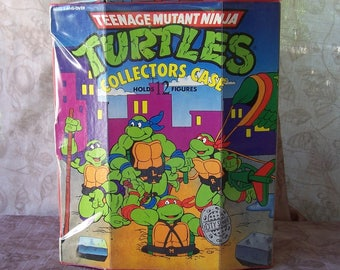Vintage 1991 Teenage Mutant Ninja Turtles storage case.  R663-1