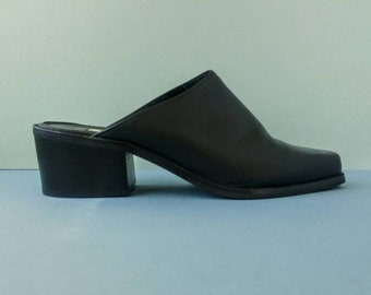 Vintage Black Leather Mules with Block Heels - Nine West Closed Toe Slides - Size US 9.5