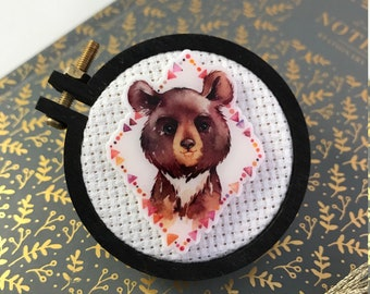Woodland Bear Cub Needleminder