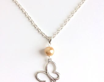 Butterfly and yellow Pearl silver pendant chain necklace