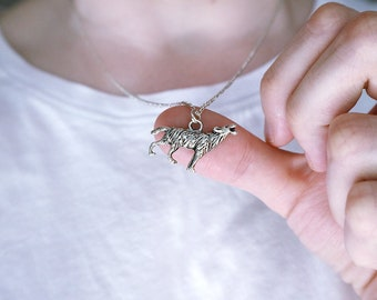 Wolf necklace / Woodland necklace