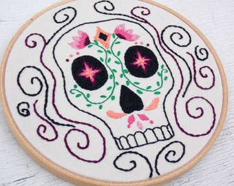 Sugar Skull wall art embroidery - Day of the Dead Art - Dia de los Muertos decor