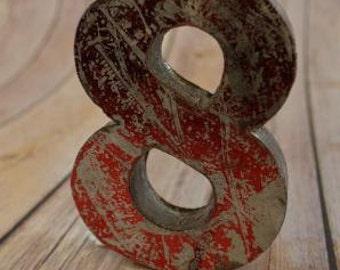 Fantastic vintage style red 3D metal sign number 8