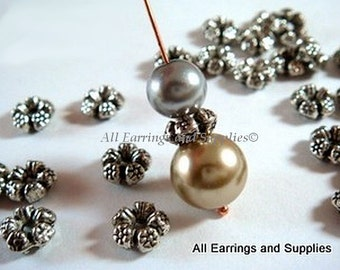 25 Silver Spacer Beads Flower Tibetan Antique 7.5mm 1mm hole - 25 pc - 4989-9