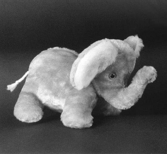 Nähen Muster machen ein niedliches Baby-Elefant Tieren-Design