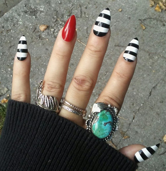 Gothic Goth Stiletto Nails Beetlejuice Black White & Red