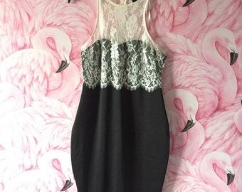 1950s Style Dress (Size 14-16)