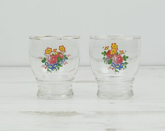 Vintage rose shot glasses -  Gold white Glass Collectible Decor Barware Drinking Serving