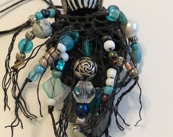 Rose Bead Gourd Necklace
