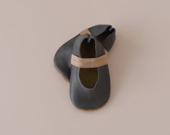 ballet flats /soft soled leather shoes / baby moccasin moccs / Granite