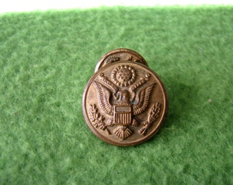 Vintage Lot of 7 US Army, Great Seal Uniform Buttons from the 1940's