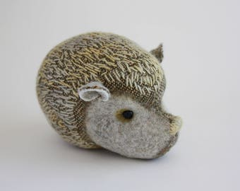 Quilled Hedgehog - Winter Wheat