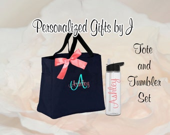 8 Personalized Bridesmaid Tote Bag and Water Bottle Bottle Set- Bridesmaid Gift- Personalized Bridesmaid Tote - Wedding Party Gift