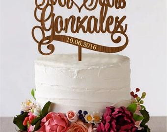 Рersonalised wedding cake toppers, Mr & Mrs Custom name cake topper, Last name cake toppers, Wooden cake toppers, gold wedding cake toppers