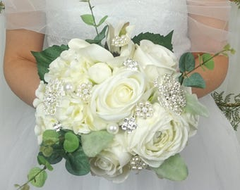 Bridal Brooch Bouquet, READY TO SHIP, Silk flowers Bouquet, Roses brooch bouquet, White Bridal Brooch Bouquet