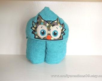 "Embroidered Iron On Applique- ""Owl Peeker"""
