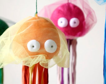 Jellyfish Stuffed Toy, Soft Medusa Plush, Sea Jelly Plushie, Colorful Ocean Creature