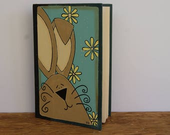Easter Bunny Book, Hand Painted Bunny Decor, Book Art, Book Decor, Spring Decor, Spring Decoration, Cottage Chic Decor, Country Home Decor