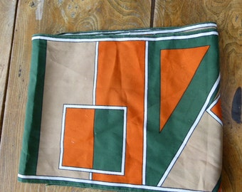 SCARF from paris, design green and orange, vintage 1970, polyester