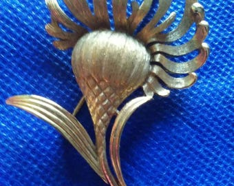 Vintage 70s Signed Monet Flower Brooch Pin, Vintage Estate Jewelry Gold Tone Flower Brooch, Mother's Day Gift