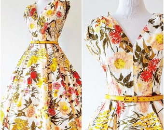 Vintage 1950's Jerry Gilden Dress | 1950's Floral Fit and Flare Dress | 1950's Sundress | 1950's Floral Circle Skirt Dress |
