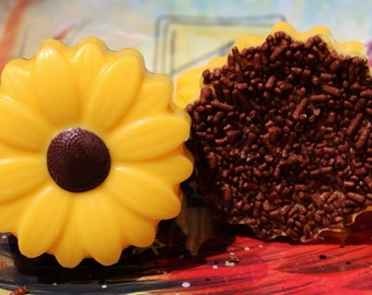Sunflower Chocolate Covered Oreo Cookies ~ Custom Cookies ~ Rustic Wedding Favor Candy~ Summer Wedding  Chocolate Oreos ~ Party Favors