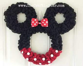 Minnie Mouse wreath - Burlap wreath - Countdown to Disney - Personalized Minnie - party decor - nursery decor - Mickey mouse wreath