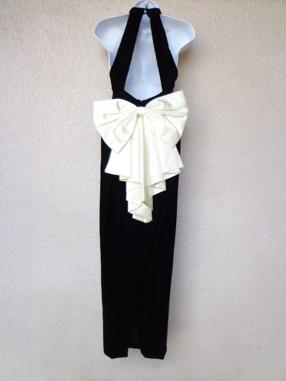 1990s EVENING GOWN. 80s Prom Dress. Huge Satin BOW. Open Cage