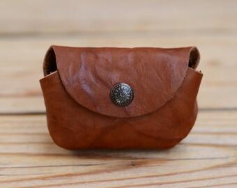 Headphones case Leather headphones bag Mini headphones pouch Handmade leather purse
