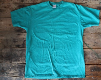Vintage Poly Cotton T-Shirt |  Soft | Emerald Green | Size Large | Made in USA